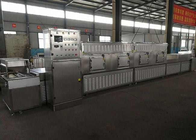 30KW Tunnel Industrial Microwave Equipment High Efficiency Heating Dryer
